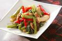 シャキシャキ食感がクセになる! 彩り豊かな「空芯菜の炒め物」