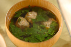 お肉の旨みたっぷりのとろみスープ! 「モロヘイヤの肉団子スープ」