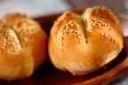 しっとり食感の秘訣はヨーグルト! 「簡単手ごねパン」