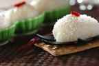 アジアンテイスト漂うデザートを電子レンジで簡単に 「ココナッツパイン大福」