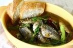 残ったオイルでパスタも◎「熱々で食べたい!小アジとアスパラガスの簡単アヒージョ」