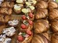 パンは消費期限が切れたらもう食べられない?危険サインや保存方法を紹介