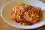 春野菜の甘みとトマトの酸味が詰まった「春キャベツと鶏肉のトマトソースパスタ」