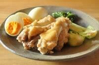 梅漬けの豊かなご褒美「梅酢」を使った2品「鶏手羽元と卵の梅酢煮」と「梅酢とゴマのサッパリおにぎり」