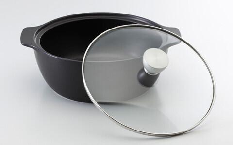 人気のStylesに新しく「NARUMI スタイルズ鍋」が新発売