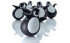 北欧フィンランドの巨匠が創った、ペンギン型おきあがりこぼし