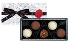 マキシム・ド・パリのバレンタインは、溶け出すトリュフや生チョコレート