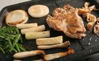 鶏もも肉まるごと1枚を鉄板で焼いて食べられるお店