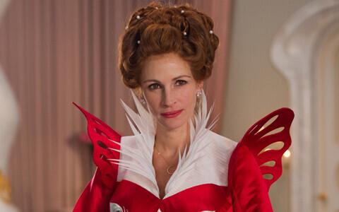 2012年は白雪姫イヤー、今度はジュリア・ロバーツが女王様に
