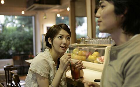 「大人の片想い」相手があなたの恋心に気付いたら、関係はどう変化する?