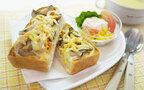 キノコと鮭フレークの簡単トースト