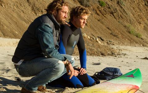 """今""""波に乗っている""""俳優、ジェラルド・バトラーもシビレるサーファー魂溢れる作品"""