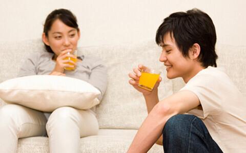"""""""家事""""よりも""""癒やし""""「結婚と恋愛は別? 」に対する、独身男女の気になる本音"""