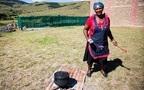 ローカルな旅を南アフリカで(5) 青空キッチンで女性たちに教わる家庭料理