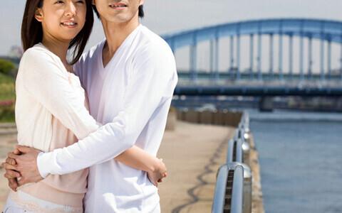 遠距離の彼と長続きさせる秘訣とは? 遠距離恋愛の実態を調査!