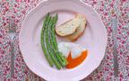 楽ちん時短レシピ ~放っておくだけ温泉卵でアスパラガスのビスマルク風~