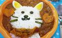 簡単デコ! 魅惑の白猫カレー(ニャンとお魚風味)