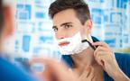 アラサー男性は肌トラブルで悩みがち。バレンタインギフトはスキンケアアイテムで決まり!