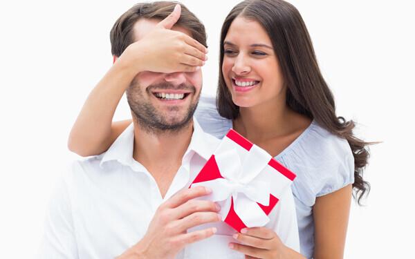 ポイントは初恋を超えること。男性のホンネ「バレンタインで一番嬉しかったもの」