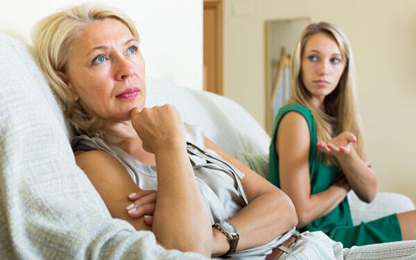 娘を思う母の「勘」は侮るなかれ。親に結婚を反対されたカップルがすべきこと