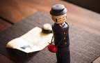 「交換こけし」がキッチュで可愛い! 小山薫堂さんの感性が光る日本のアーツ&クラフツ