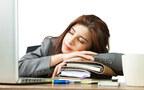 会議中もOK! ツラい午後の眠気を解消する方法3つ
