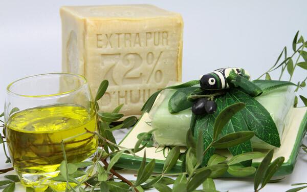 オリーブオイルと石鹸