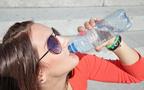 違いを知って飲み分けよう! 毎日水を飲んでキレイになれる理由