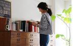 センスのいい部屋づくりのカギは、清水買いの大物家具【坪田あさみのインテリアコーデBOOK #1】