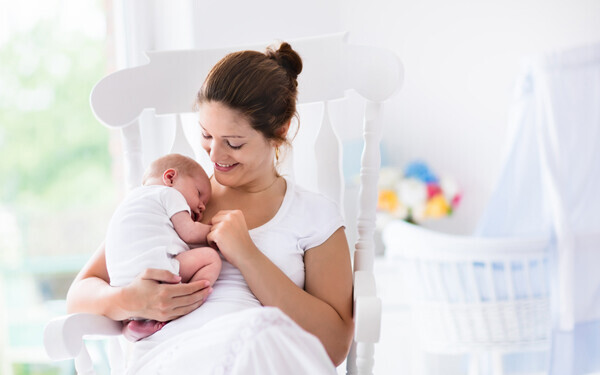 """今日からママも赤ちゃんも安心してぐっすり眠れる「快眠空間」3大ルール【  """"眠れない""""  ママたちへ Vol.2】"""