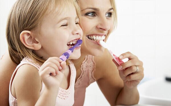 産後ママは要注意! きちんと歯を磨いているのに口臭が気になる理由