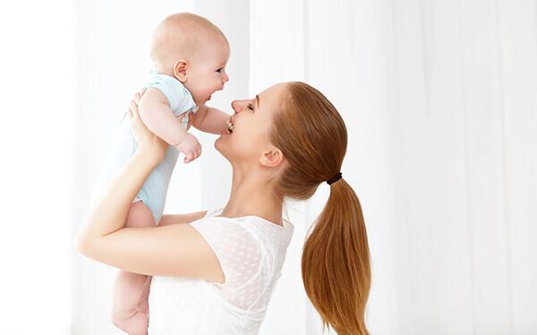 ママの職業病? 「腰痛」の予防を簡単なストレッチで緩和しよう