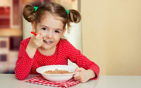 1食16円から860円まで、親の収入で費用が変わるフランスの給食事情
