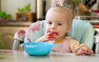 おむつ漏れ、食べこぼし、泥…子ども服のしつこい汚れを簡単に落とすには?