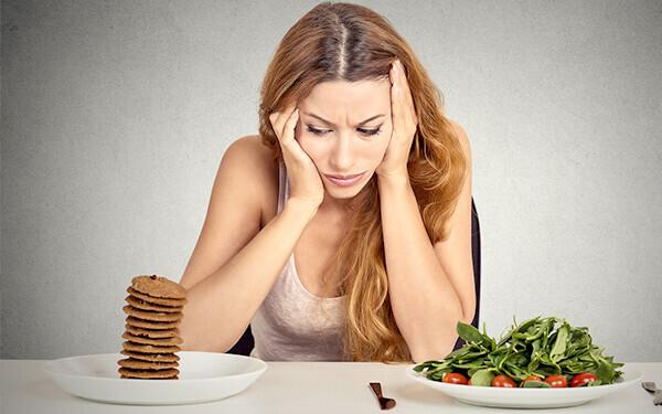 「過食がやめられない…」 悪循環から抜け出す、考え方のヒントとは? 【心屋仁之助 塾】
