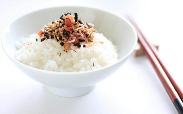 余った白ごはんをパクパク食べる!野菜ふりかけレシピ3選