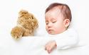 寒いのに汗びっしょり!? 冬の赤ちゃんの寝汗対策