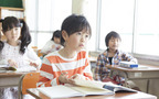 教科書を捨てるタイミング…終わった学年の教科書は復習に役立つか?