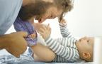 なぜ赤ちゃんはスプーンを落とすのか? 赤ちゃんの驚きの学び能力とは 「いのちのはじまり」【前編】
