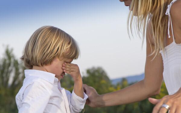 私の子育ての悩み、毒親が原因? 知らず知らずにはまってしまうライト毒親の連鎖