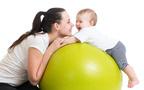 産後ダイエットならこれ! おうちでできる「赤ちゃん抱っこエクササイズ」3選