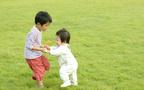 妊娠したら赤ちゃん返り予防を! 2人目出産時の上の子対策【3男児ママ考察の育児ポイント】