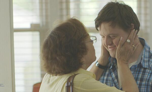 ドキュメンタリー映画『いろとりどりの親子』11月17日(土)新宿武蔵野館ほかにて全国順次公開
