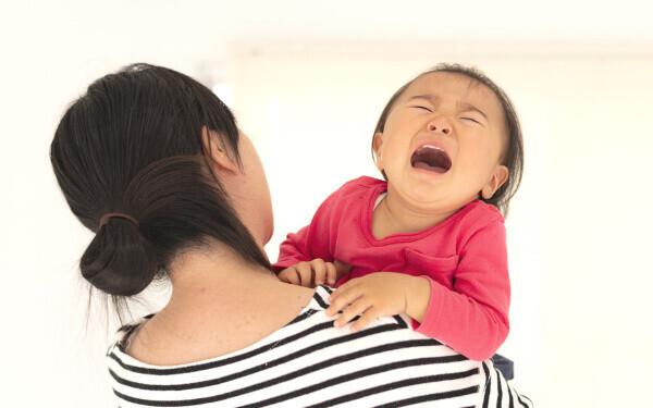イヤイヤにイライラ…ママパパ1000人に調査「イヤイヤ理由ベスト3」どう乗り切ってる?