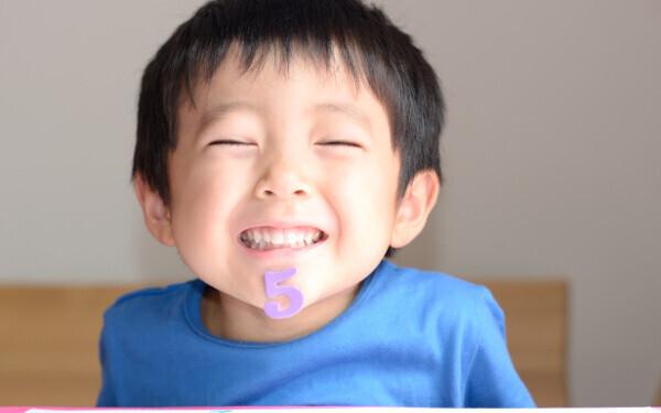 男子ワールド炸裂「恐怖! わが子のポケットに大量のダンゴムシ…」理解不能な行動にママはどうする!?