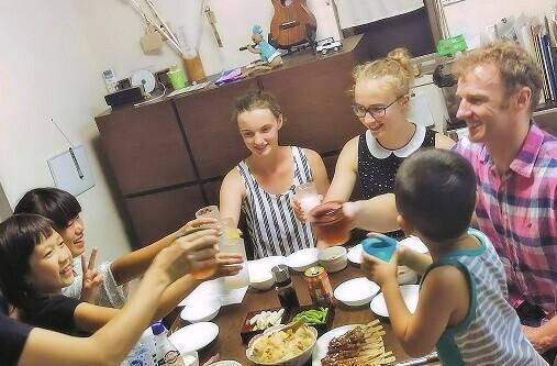 英語が苦手でも大丈夫! 「ホームビジット」の達人に教わる、親子で外国人をおもてなしするコツ