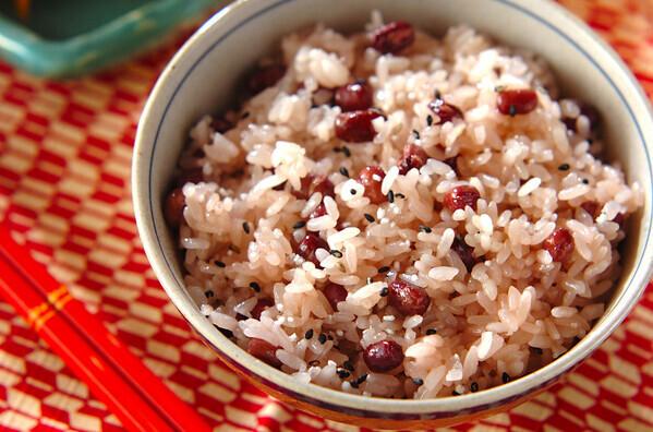 簡単「お祝レンジ赤飯」レシピ