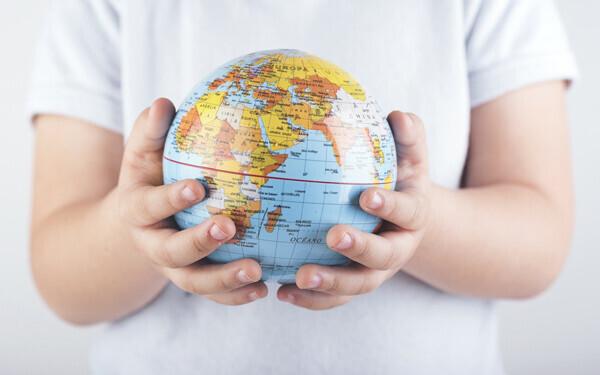 英語が小学校で教科になると何が変わる? 事前に習わせる? 親のフォローは?