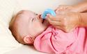 赤ちゃんの鼻水にママ奮闘中? 「吸う」と「拭く」で上手にしっかりケア