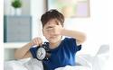 おねしょは何歳までOK? 子どもへの対策と寝具のお手入れ法を紹介